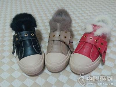 IGG女鞋新款雪地靴产品