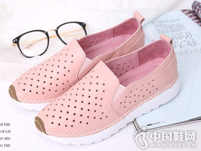 芭妮女鞋2018新款镂空休闲板鞋