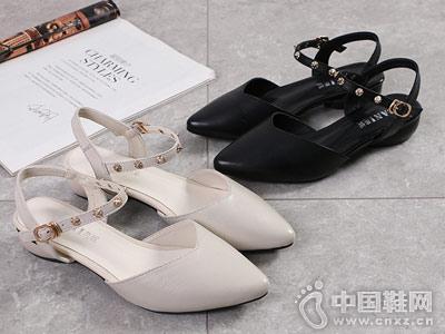 芭妮女鞋2018新款后空单鞋