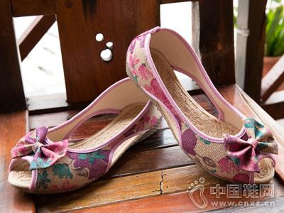 颂仙阁老北京布鞋新款妈妈鞋
