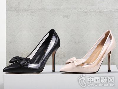 翡丽玫瑰女鞋2018新款时装鞋