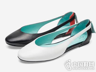 CNE女鞋2018新款平底单鞋