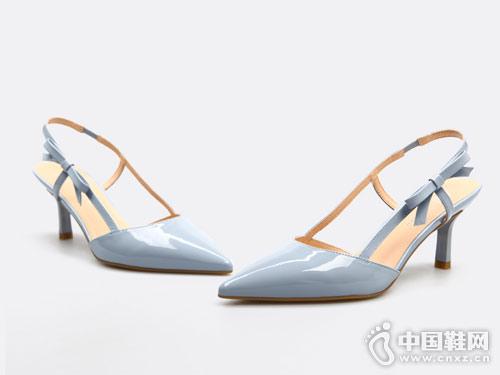 fed2018春季新款蝴蝶结一字扣带高跟单鞋