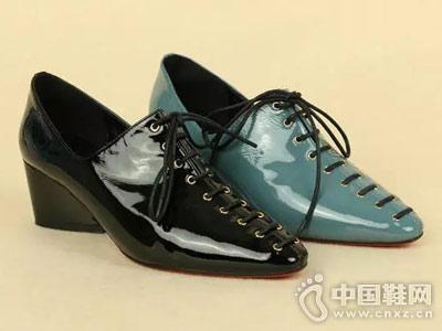丹比奴时尚女鞋18年秋季新款粗跟单鞋