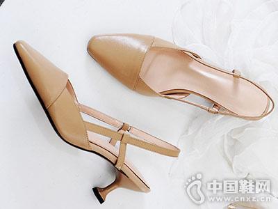 欧情派女鞋2018新款后空单鞋