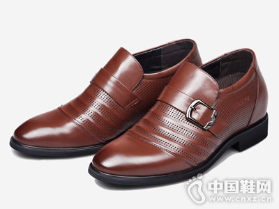 田宇增高鞋2018新款皮鞋