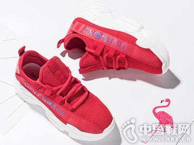依思Q2018秋季新品休闲鞋