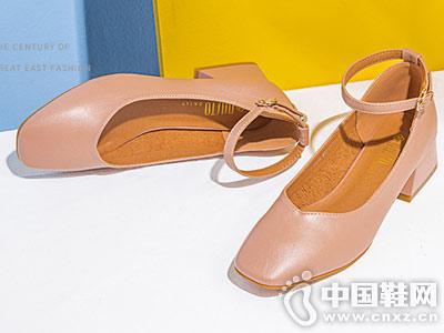 大东女鞋2018秋季时装鞋