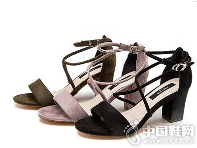 华耐女鞋2018秋季新款产品