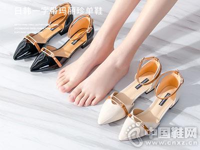 华耐女鞋2018秋季新款中空凉鞋