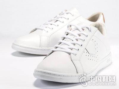AIGLE艾高2018新款男士小白鞋