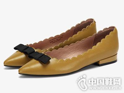 Daphne达芙妮2018秋新款单鞋