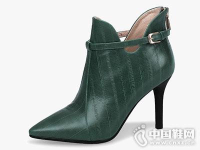 贝蒂佩琪时尚短靴
