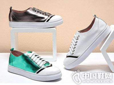 OE欧意2018新款板鞋小白鞋