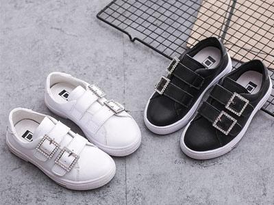 比比我童鞋新款小白鞋防滑透气
