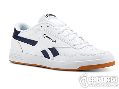 Reebok�J步 TECHQUE T低�托蓍e�W球鞋