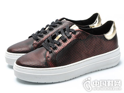 皮尔卡丹运动休闲百搭耐磨单鞋