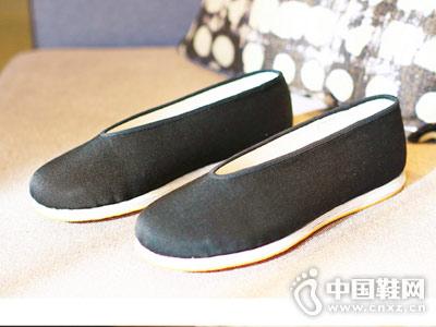 老字号北京布鞋内联升新款