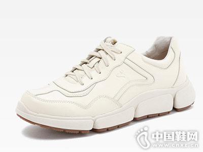 圣伽步新款经典老爹鞋 秋季新品上市