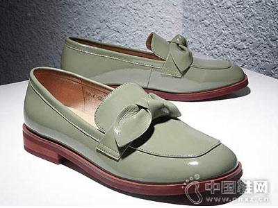 香香莉ins小皮鞋女潮漆皮乐福鞋