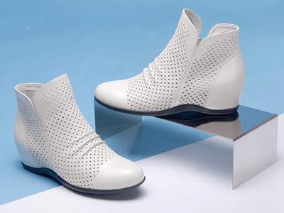 单靴短筒女靴酷斯沃坡跟靴子