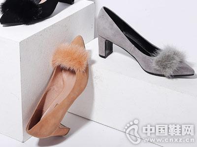毛毛单鞋真皮尖头浅口粗跟高跟鞋