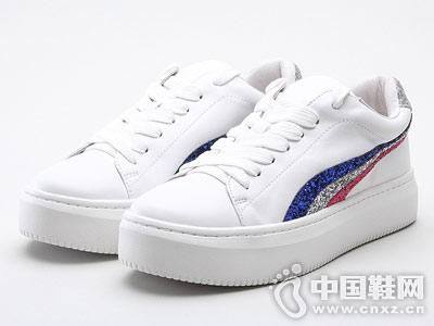 思加图女鞋2018年秋季新款小白鞋