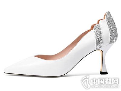 贝蒂佩琪高跟鞋白色单鞋女2018新款