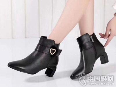 比爱靓点2018新款女靴