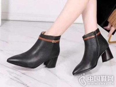 低跟女靴时尚新款比爱靓点女鞋