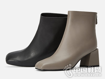 KissKitty2018年冬季新款一脚蹬时装靴