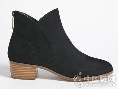 Forever21时尚潮流仿麂皮粗跟及踝短靴
