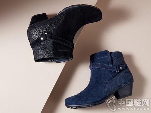 冬季粗跟皮带扣暇步士休闲女靴