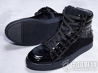 布莱希尔顿铆钉潮鞋设计 时尚个性马毛