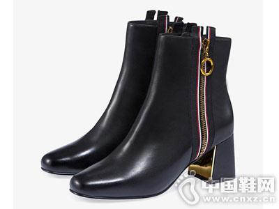 哈森2018冬季新款牛皮拉链女靴