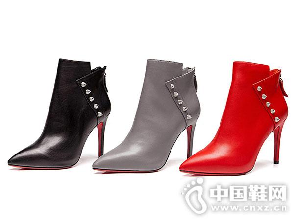 2018秋冬季新款万里马短靴欧美真皮铆钉靴