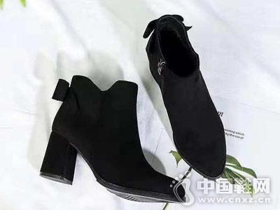 VOG FASHION维芙2018新季短靴