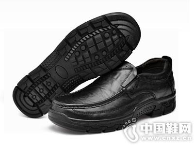 西域骆驼男鞋冬季新款商务休闲皮鞋