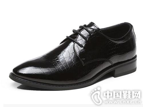 商务正装皮鞋男士潮鞋亮面真皮休闲鞋