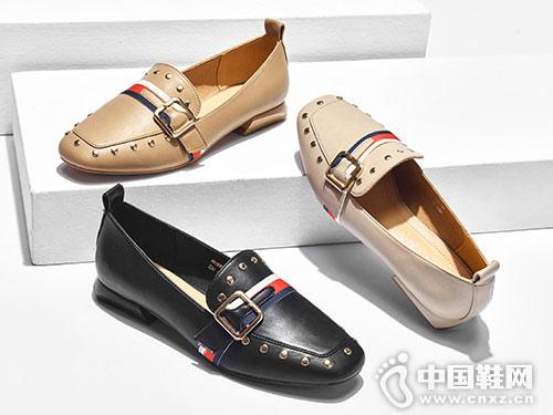 卓诗尼单鞋女2019春新款复古铆钉乐福鞋