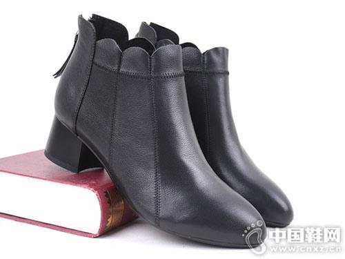 双凤2018冬季新款舒适粗跟短靴