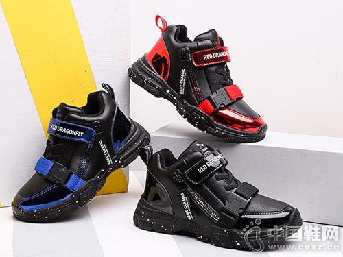 红蜻蜓童鞋2018冬季新款 轻盈运动范