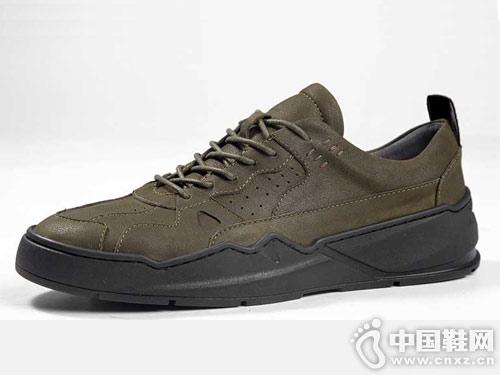 时尚潮流板鞋 马尔杜克百搭小黑鞋