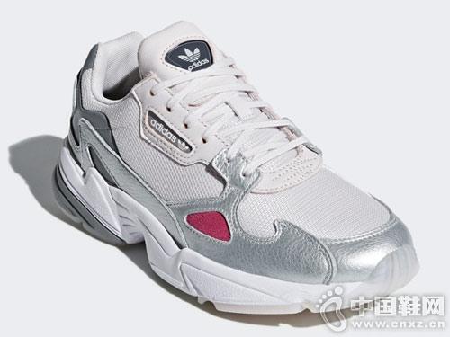阿迪�_斯adidas三�~草 Falcon W 女子�典鞋