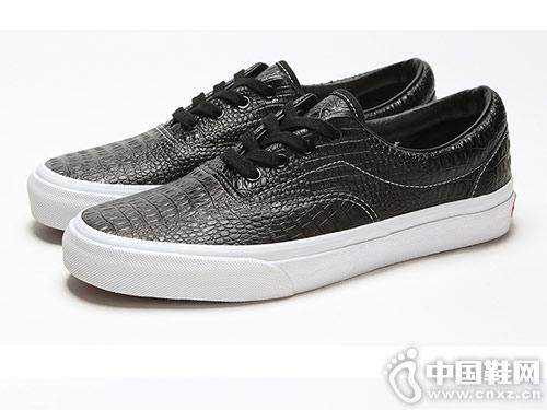 新款韩版圆头皮鞋足下登低帮板鞋