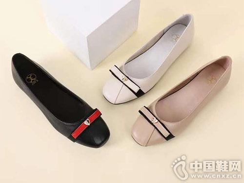 新款平底单鞋易美2019春季女鞋