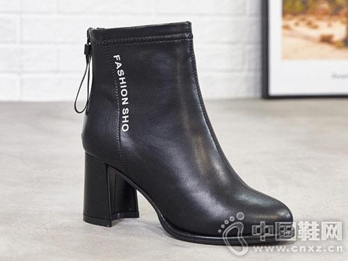 巨一短筒靴子女2018冬季新款韩版