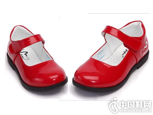新款公主鞋小猪班纳童鞋淑女单鞋