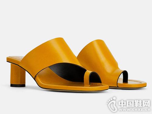 世尊2019女新款中跟凉鞋