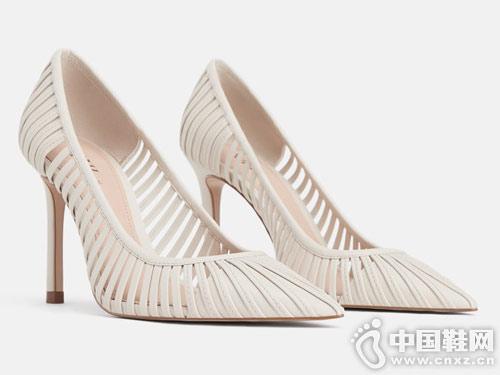 2019新款世尊女鞋新款时尚高跟单鞋